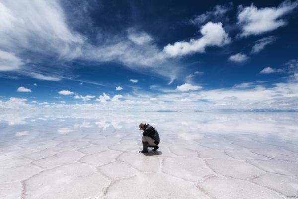 El horizonte y cielo se confunden en el espejo más grande del mundo [galería]