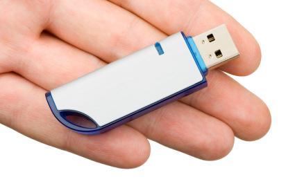 6.- Los imanes puede borrar los datos de la tarjeta de memoria flash
