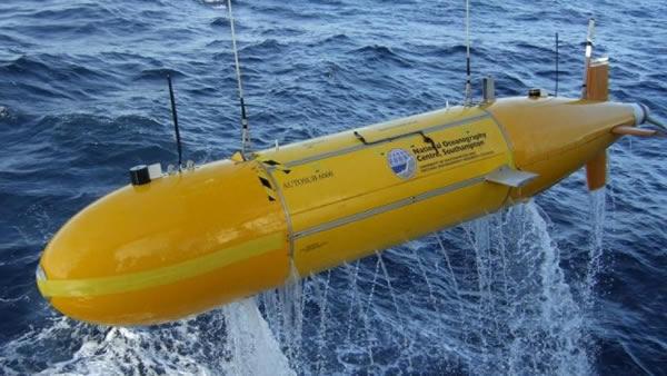 Submarino británico llega cerca a los 6 mil metros de profundidad [video]