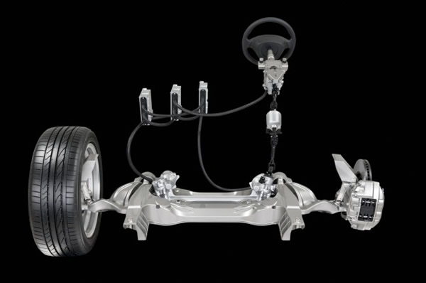 Nissan introduce la dirección electrónica por cable en sus modelos Infiniti