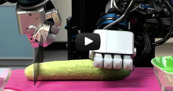 Robot cocinero ya puede preparar una ensalada