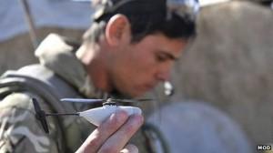 Drone en forma de mini helicoptero