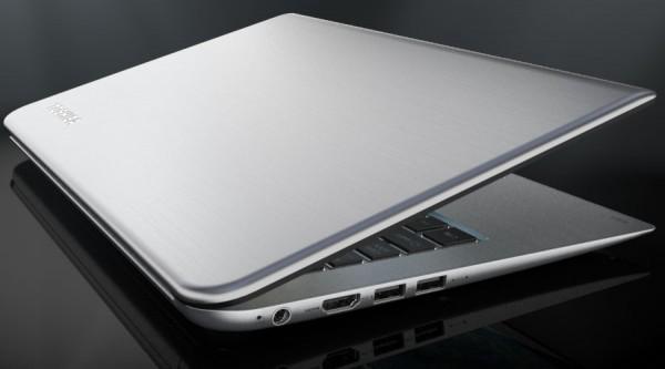 Ultrabook Toshiba KIRAbook con pantalla táctil y 2560x1400 pixeles