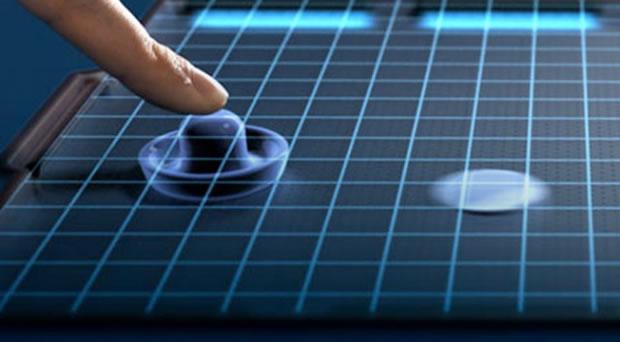 Un plástico especial puede dar la sensación de unas teclas físicas en una pantalla táctil